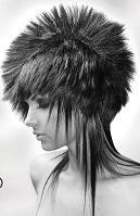 برای دیدن مدلهای مو و آرایش صورت  کلیک کنید